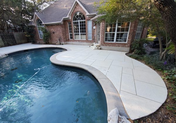 Resurfacing Your Pool Deck – Austin's Experts